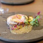 オステリア イタリアーナ コバ - やまゆりポークのロースト 筍とタラの芽のソテー 粒マスタードソース