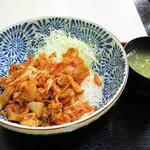 四季よし - 豚キムチ丼500円