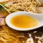 中華そば コヨシ - 煮干しの旨味が凝縮したスープ!