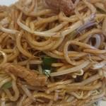 想夫恋 - 料理写真:焼きそばはモヤシがたっぷり♪