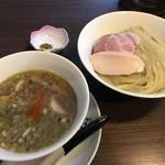 らぁ麺 紫陽花 - 鶏油煮干つけ麺