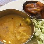85665477 - キャベツと豆のカレー ポテト、ナス、パプリカのマサラ