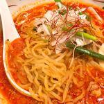 博多担々麺 とり田 - 麺アップ