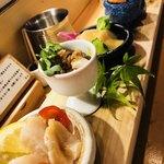 どんつき左 - 料理写真:貝の刺身盛合せ