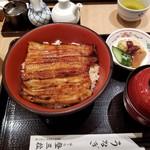 登三松 - リニューアル記念で少しオトクな特丼