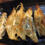 博多 明膳 - 餃子5個290円
