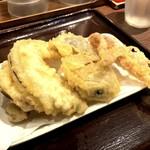 香川 一福 - 野菜盛り合わせ(300円)+げそ(110円)