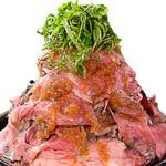 1ポンドのステーキハンバーグ タケル - ロービー丼【1日5食限定】 特盛り総重量1kg!!! 900円