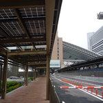 JOHAN - バス乗り場からJR大阪駅を臨む☆