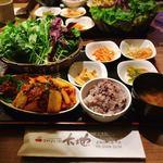 やさい村大地 - 豚キムチサンパ定食 @930円 目で見ても楽しい、盛りだくさんなサンパの定食!