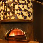 La muto PIZZA&TRATTORIA - 新窯で焼き上げます。