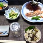 かねう - 料理写真:夕食①(手長海老、サザエ壺焼き他)