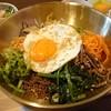 小盤 - 料理写真:野菜たっぷりビビンバ…税込850円