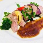 レストラン アオヤマ - いも豚のローストポーク