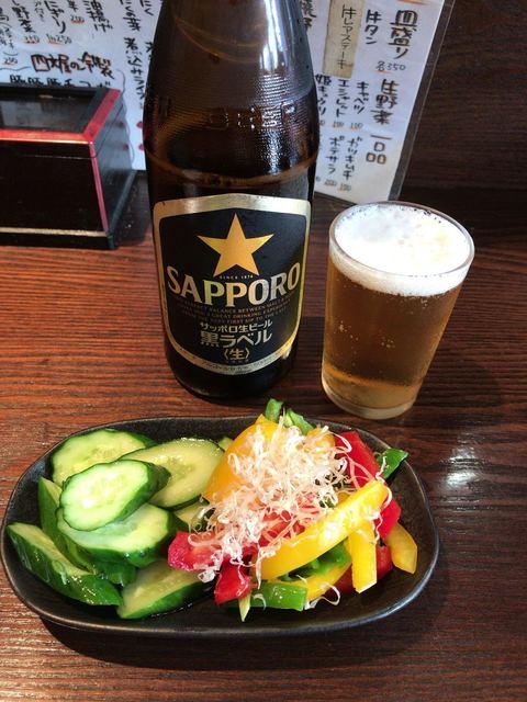 四文屋なん八 下北沢店 - 浅漬2点盛り&瓶ビール