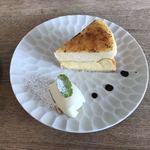 85703948 - チーズケーキ シブースト仕立