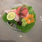 85708531 - [造里]                       桜鯛、苺赤貝 (妻一式)