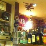 洋食屋 双平 - 店内は趣味空間。