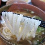 おぐまうどん - つるつる細麺、美味しいです