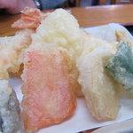 おぐまうどん - 天ぷら美味しいです