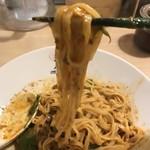 85712126 - 汁なし担担麺(すごくシビれる)麺アップ