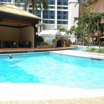 Sheraton Macao Hotel, Cotai Central - プールは広いけどショボい