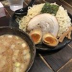 ひむろ - 味噌ダレつけ麺特盛り520g