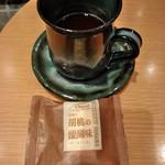 御菓子 花岡 - チーズケーキ 丸山珈琲の有機コーヒーとともに 銀座