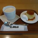カフェアンドミール ムジ  - 琉球チャイ&焼きプリン