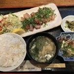 四季の味処 髭ダルマ - 豚とろの味噌焼き定食 920円