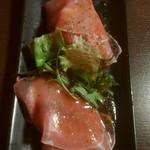 ボン・テーブル - アンチョビと生ハムのカナッペ 500円