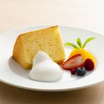 ダンスキューブ・カフェ - 豆乳シフォンケーキ