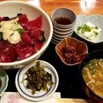 85734727 - 鮪丼:950円