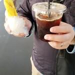セブンイレブン - ドリンク写真:美味しいセブイレのコーヒーとwish特製パン♪