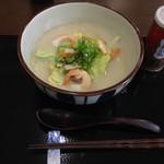 85741098 - ●野菜たっぷりちゃんぽん 730円 → 500円 (ランパスvol.11提示)