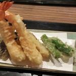 日本料理 花月 - 海老と野菜の天ぷら