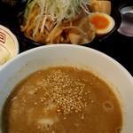 山形飛魚 亞呉屋 - あごだしどろつけ麺810円