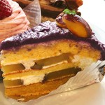 85752392 - むらさきいものモンブラン@ボトムはパイクラスト。宮古島産紫芋と鳴門金時のケーキ