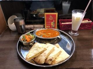 インド料理 INDIA - Aセット(チーズナン)