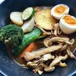 ノットカレー - キノコ野菜大盛りたまごトッピング7辛