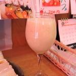 トップフルーツ八百文 - キウイのジュース
