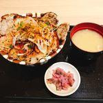 上州ぽ~く亭 - 溶岩焼きロース豚丼