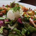 ル・リオン - サラダなのにサラダの美味しさ超えてます☆驚きの砂肝。外せません!