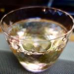 なら鮨 - [2018/04]八海山純米吟醸酒(700円+税)