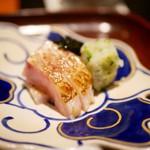 日本料理 晴山 - お造り 鯛 ノドグロ