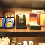Le Supreme. - 賞の盾やメダル