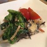 ことり食堂 - 菜の花と牛蒡の和え物