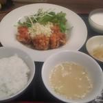 中華料理 HACHI - ランチ油淋鶏 700円