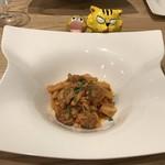 トラットリア レット - カサレッチェ 蝦夷豚のサルシッチャと春キャベツのトマトソース