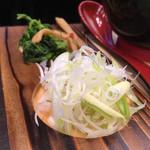 麺場神徳 - 薬味